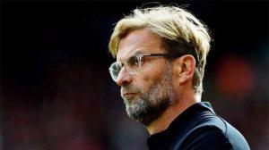 Hậu vệ cánh của Liverpool không nhanh. Chậm là đằng khác