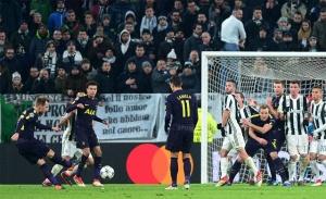 Tỷ số hòa 2-2 được giữ đến phút cuối trận đồng nghĩa với việc Tottenham đã tạo ra được lợi thế