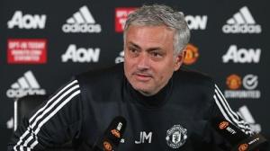 HLV Jose Mourinho vẫn sẽ sử dụng hậu vệ trái Luke Shaw
