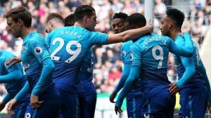 Arsenal hiện xếp thứ 6 ở giải đấu số 1 xứ sở sương mù với 57 điểm