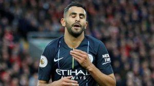 Man City được hưởng 11m nhưng Mahrez lại sút thẳng lên khán đài